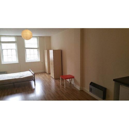 Studio To RentChurch Street, EnfieldEN2 6BA£180 pw / £780 pcm
