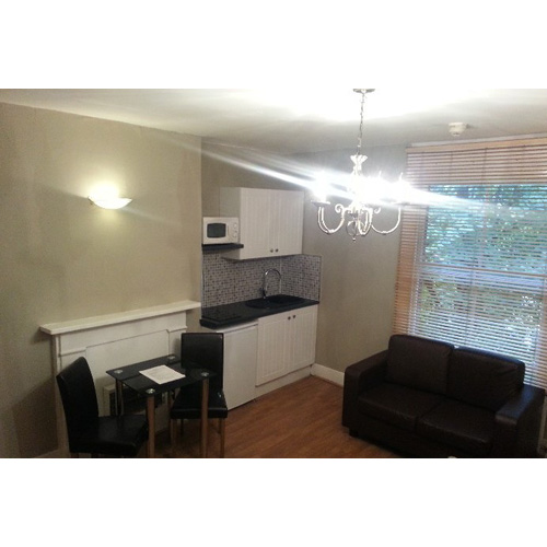 Studio To RentHammersmith Grove, LondonW6 7HB£120 pw / £520 pcm
