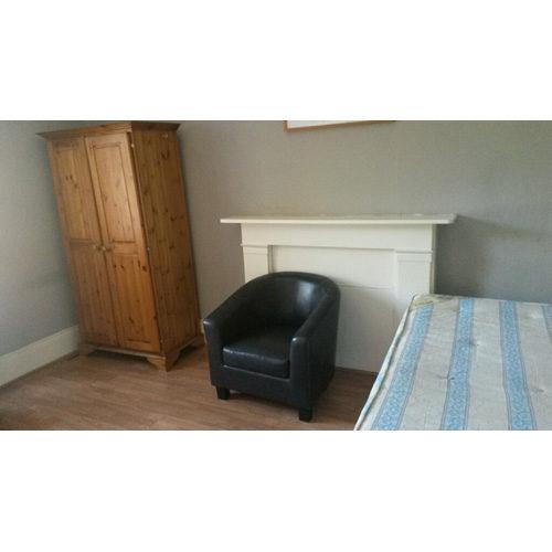 Studio To RentGlazbury Road, LondonW14 9AS£120 pw / £520 pcm