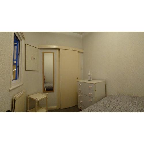 Flat To RentSt Petersburgh Place, Bayswater, LondonW2 4LD£219 pw / £950 pcm