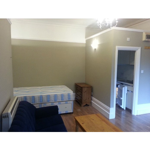 Studio To RentBedford Hill, BalhamSW12 9HE£180 pw / £780 pcm